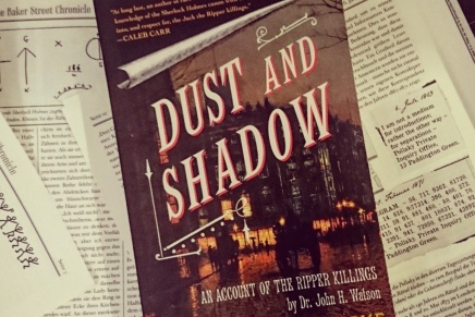 [GELESEN] Dust and Shadow – Holmes jagt Jack The Ripper