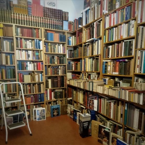 Wie Buchläden aussehen müssen.