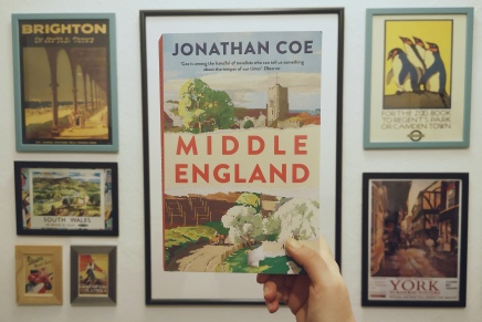 Jonathan Coe: Middle England – Menschsein im Brexit-Land