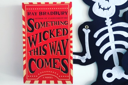 Buch-Tipp zu Halloween: Something Wicked This Way Comes