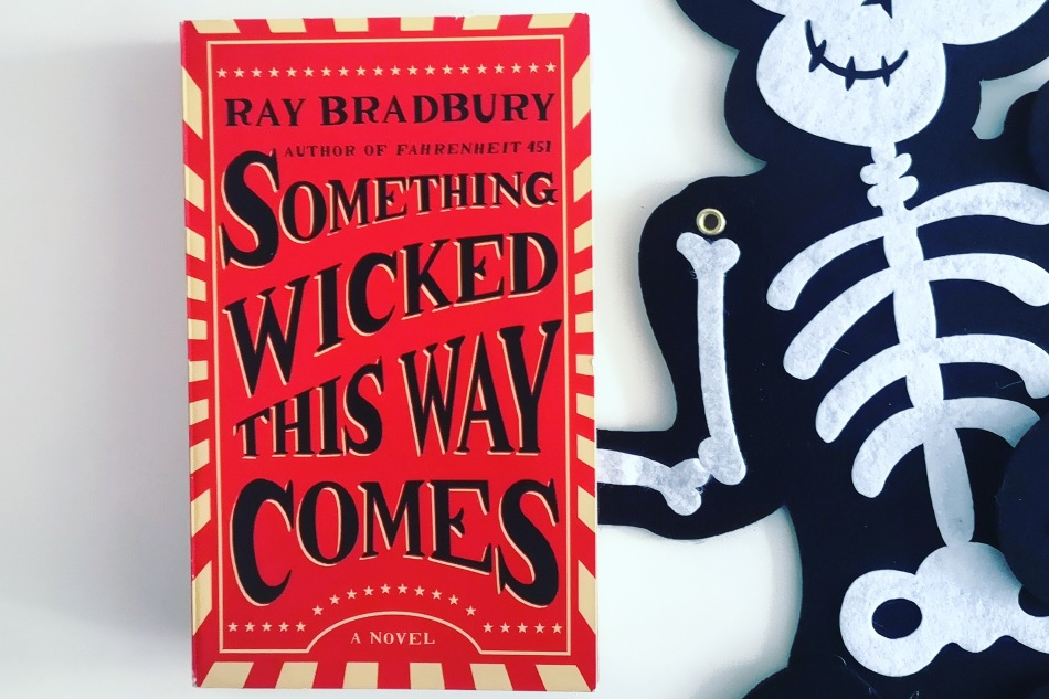 Buch-Tipp zu Halloween: Something Wicked This WayComes