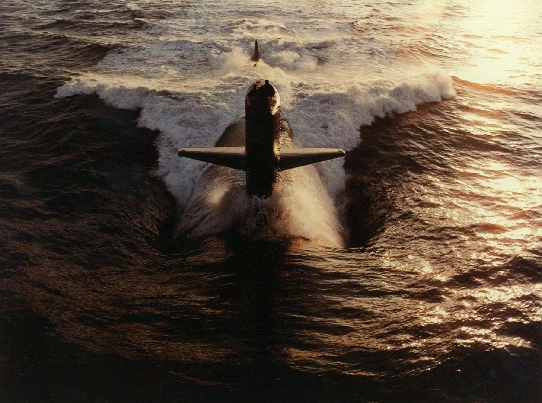 submarine-582364_1280